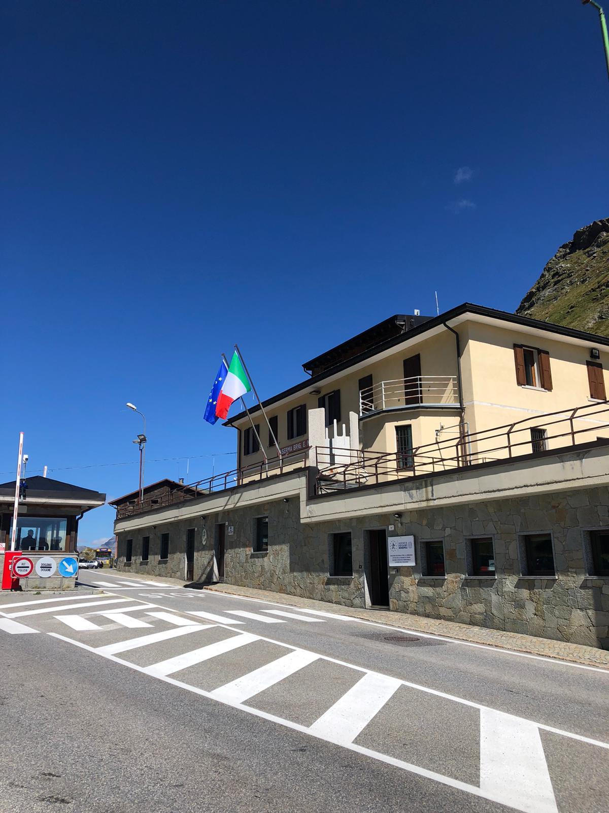 The Swiss-Italian border